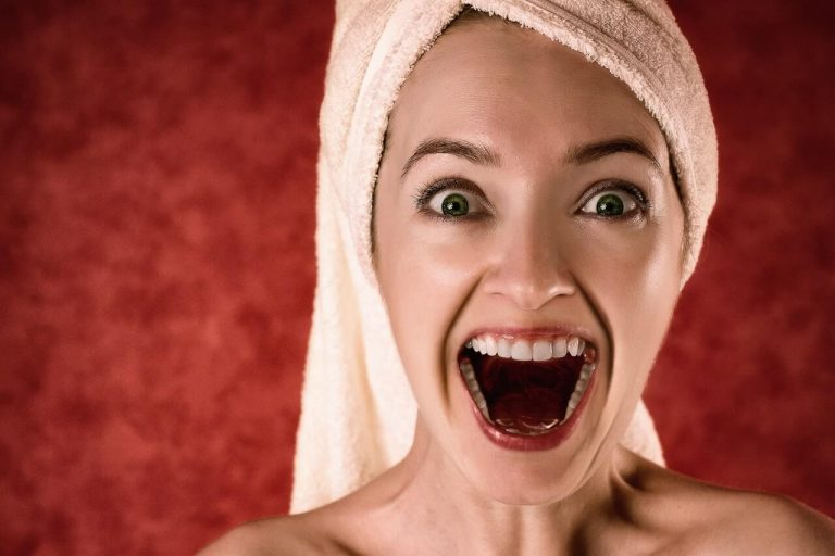 Why Do Gums Become Sore? Do You Have Gum Disease?