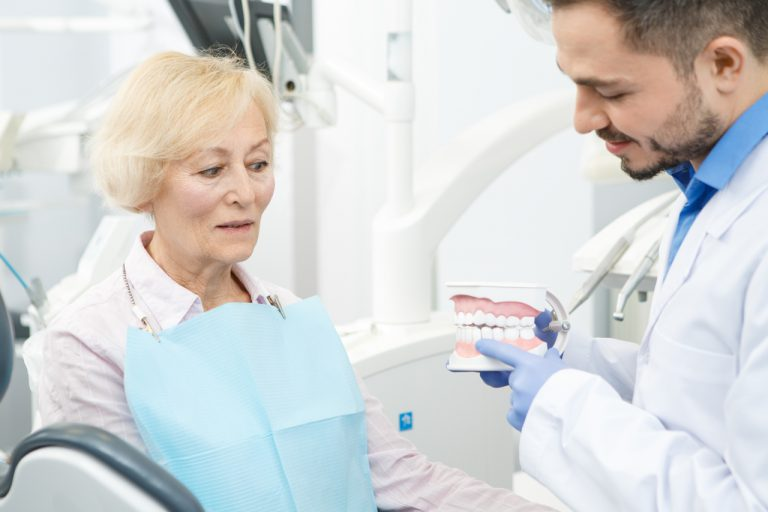 Immediate Dentures – No Need To Be Toothless