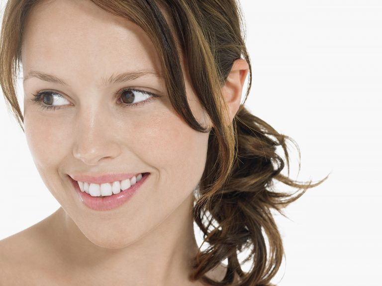 How To Maintain Teeth Whitening While Breast Feeding